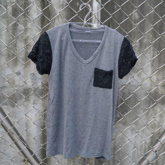 【二手】韓製蕾絲袖V領T恤