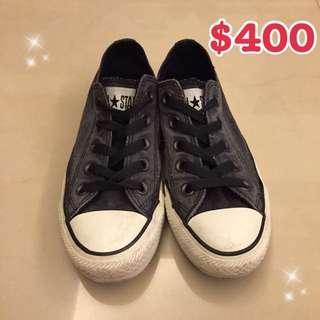 Converse鐵灰色帆布鞋