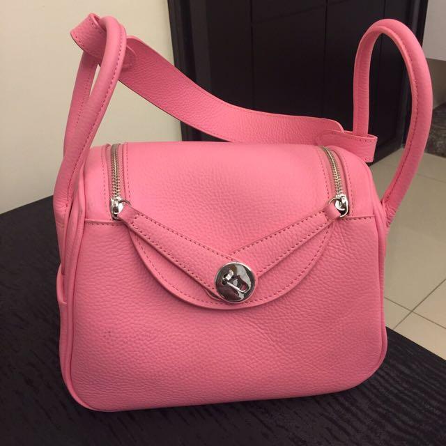 超粉紅大容量包包