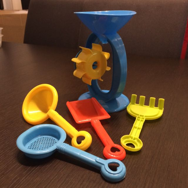 BN Sand and water wheel and tools, Toys & Games on Carousell