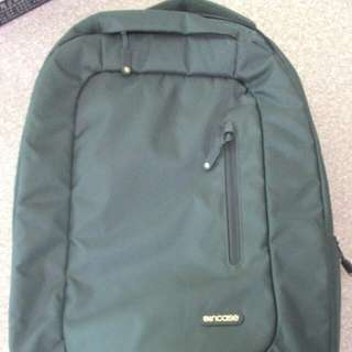 Incase Compact Backpack 電腦後背包