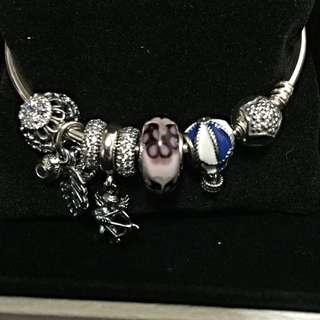 全新PANDORA潘朵拉手環+8顆串珠
