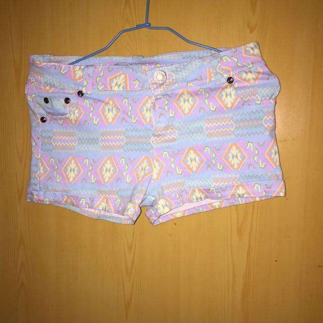 民俗風短褲