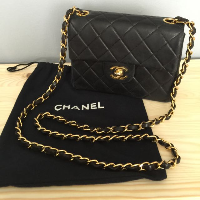 a27aea42b663 Chanel Vintage Classic Mini Bag, Luxury on Carousell