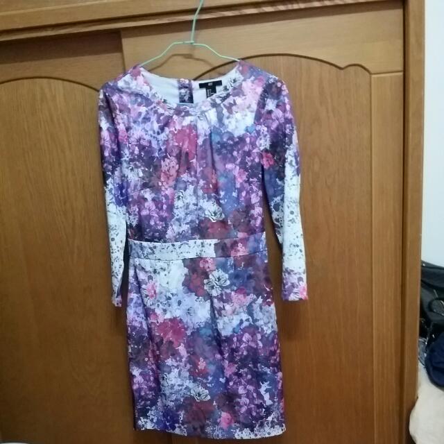 日本H&M印花小洋裝