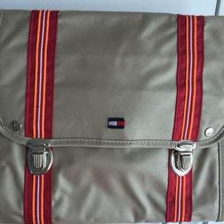 TOMMY 旅行袋