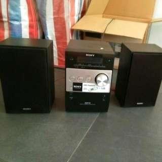 Sony Mini Hifi CD/radio With Speakers CNTFX200