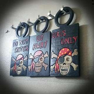 Pirate Skull Assorted Door Signs