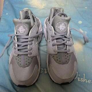 Nike Huarache 銀灰武士鞋   😄