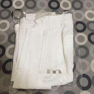 窄管白褲 全新✌️(降價)
