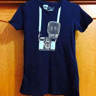 📦我是攝影師深藍T-shirt