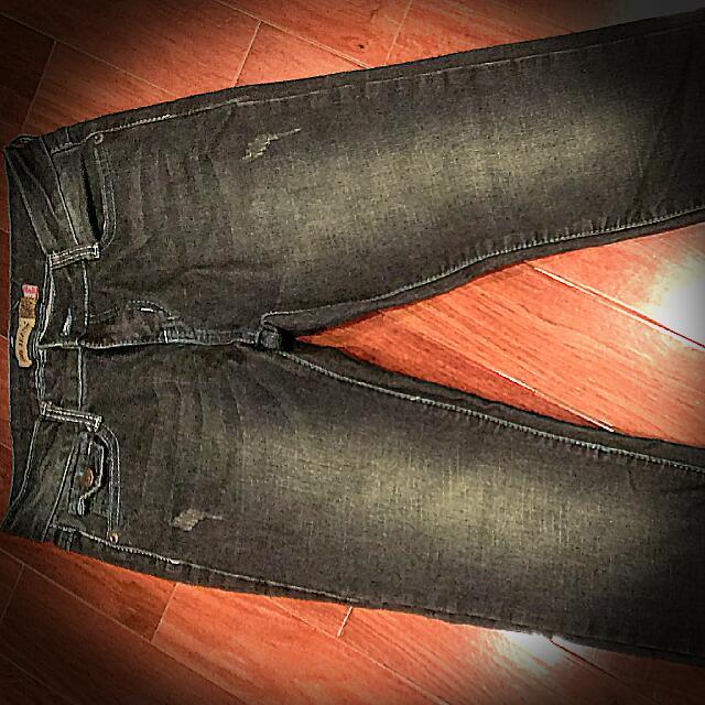 全新牛仔褲