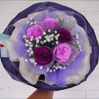 Purple's Love (Handmade rose + Baby's breath )