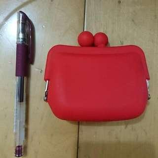 全新✌可愛大紅素色鈴口矽膠立體小零錢包