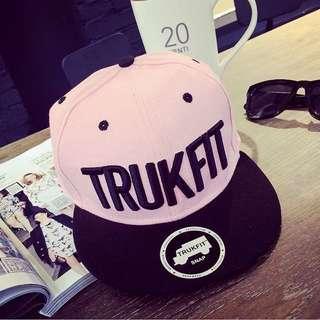 棒球帽🎩粉粉ᵀᴿᵁᴷᶠᴵᵀ