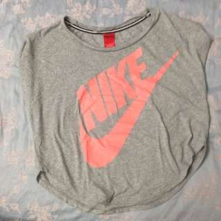 Nike 短版tee M