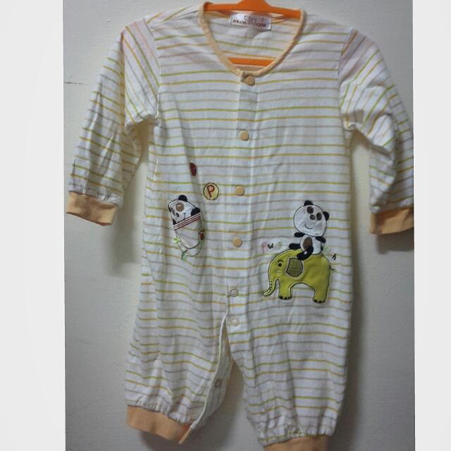 長袖連身衣(3-6個月穿)