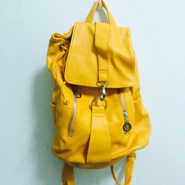 芒果黃後背包