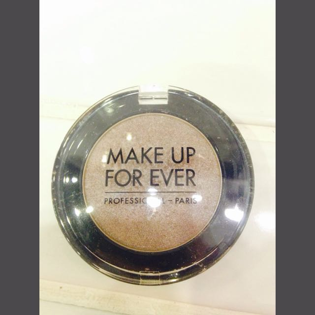 Make Up For Ever 單色眼影