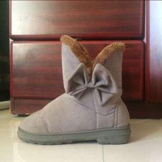 灰色蝴蝶結雪靴