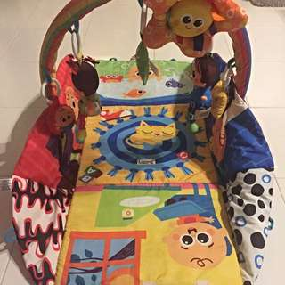 Lamaze Baby Gym with light and sound