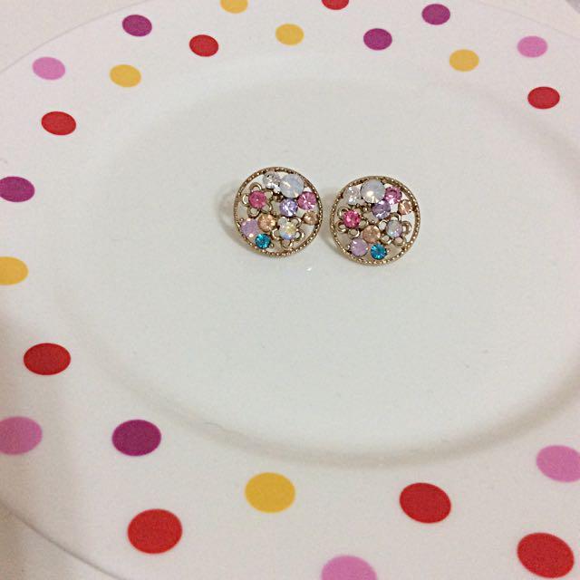 圓形寶石耳環