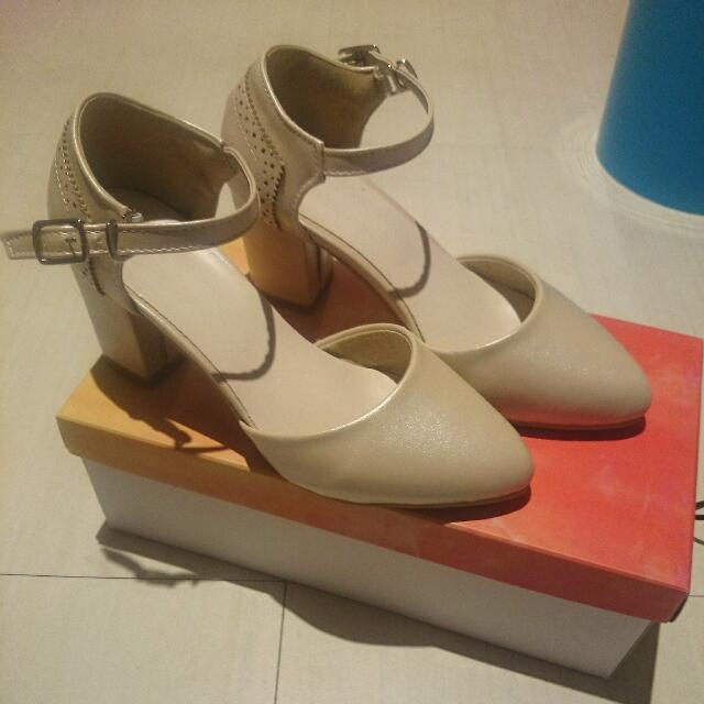 全新 日本購入 日本製造 經典瑪莉珍8cm粗跟高跟鞋
