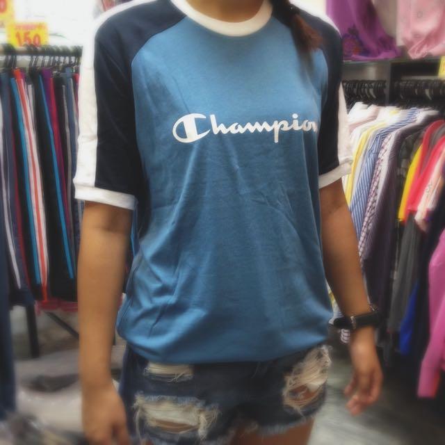正版Champion 雙拼色 女生穿也好看!