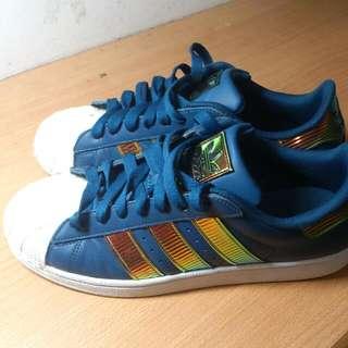ADIDAS貝殼鞋