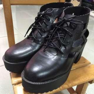 側面縷空厚底鞋✨含運降