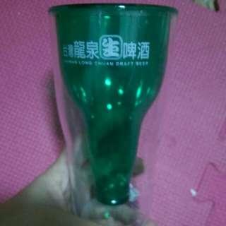 龍泉生啤酒造型杯