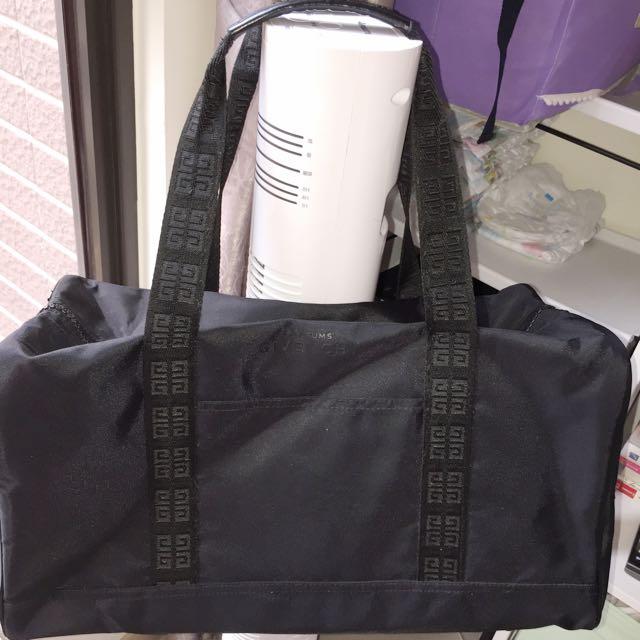 紀樊希專櫃行李袋