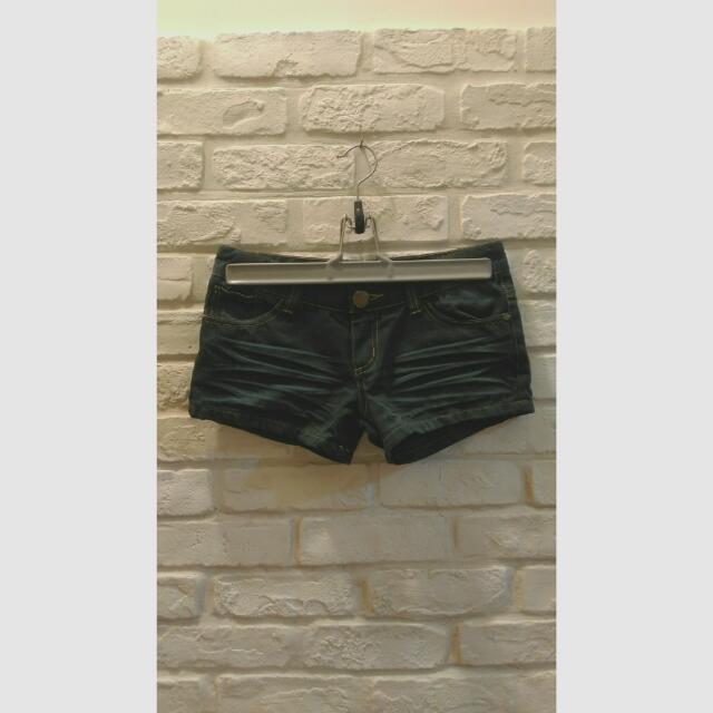 【二手】墨綠小熱褲。