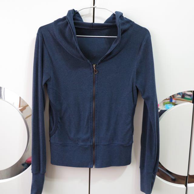 深藍小外套