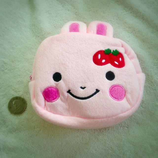 🎊草莓兔 綿綿 萬用包🎊