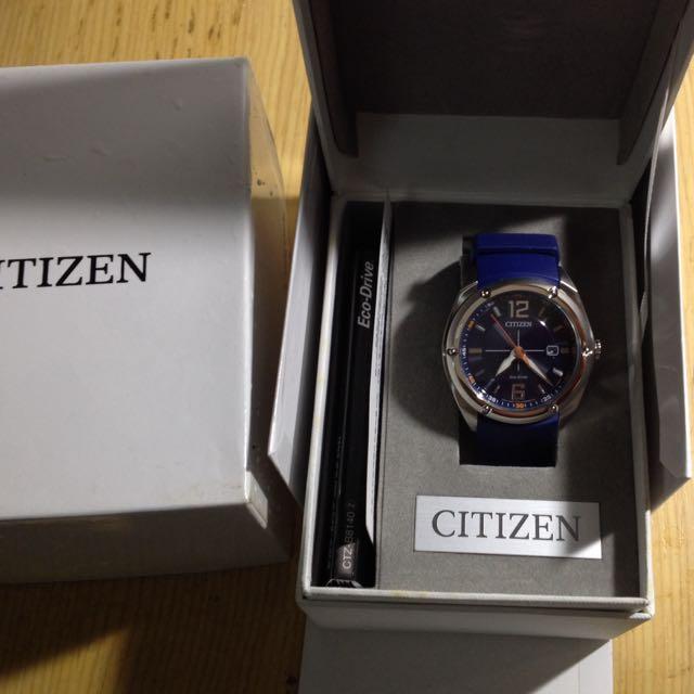 全新 Citizen寶藍色運動風-光動能腕錶