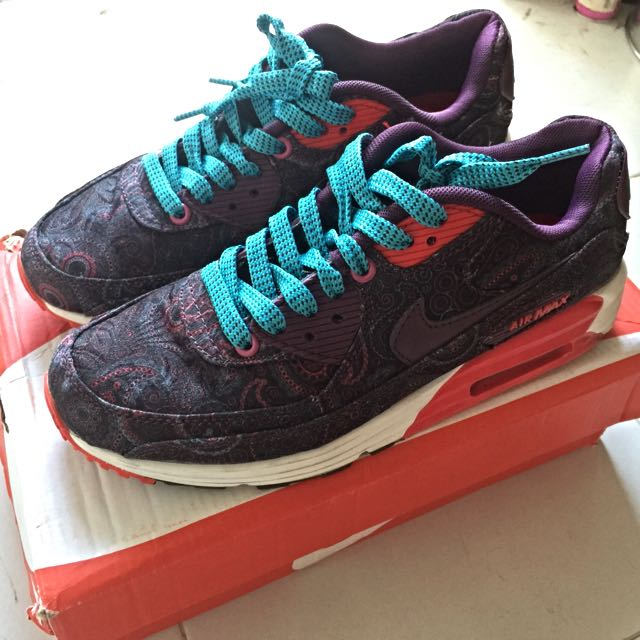 cheap for discount 5e6b7 1f3c2 SOLD NIKE Air Max Lunar 90 Paisley, Sports on Carousell