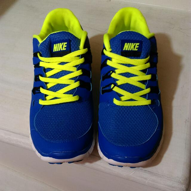 Nike Free Run. 5.0.  慢跑鞋 運動鞋