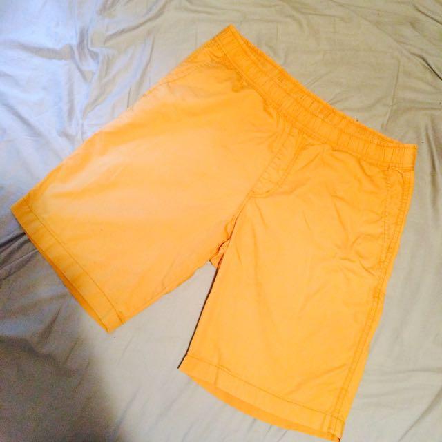 Uniqlo橘色短褲 M號 鬆緊帶腰圍 76~84 Cm