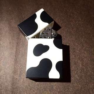 日本原裝方型乳牛打火機 正貨新品