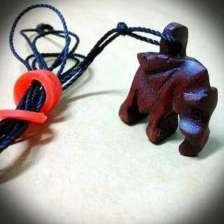 (非洲馬拉威)手工木雕大象項鍊