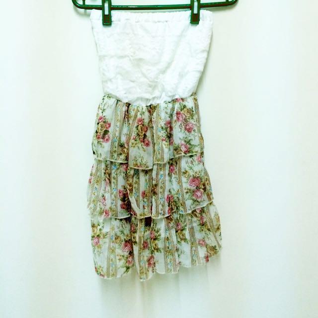 雜誌款~胸前蕾絲造型洋裝