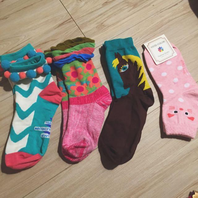 卡通襪子(沒穿過)一次四雙