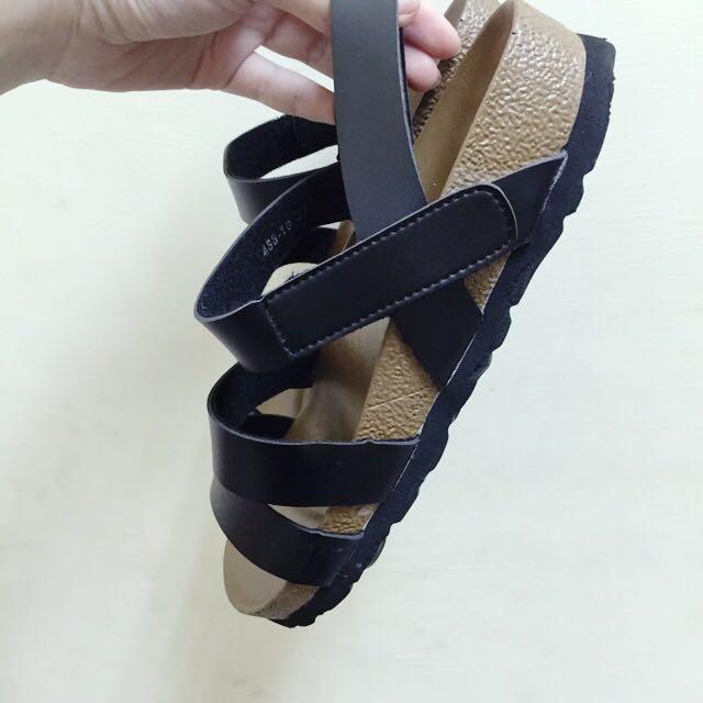 全新✨黑色勃肯款涼鞋 37