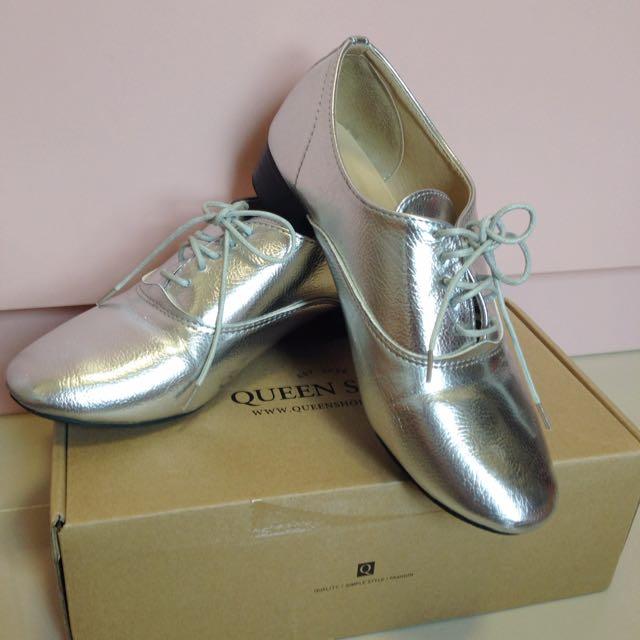 降價⬇️Queen Shop 銀面鞋帶牛津鞋