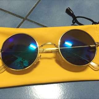 (喜歡直接出價 你出價合理就賣)圓墨鏡藍鏡面