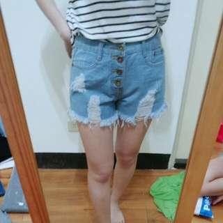 [ 全新 ] 淺色抓破牛仔短褲 M