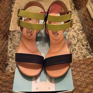 Le Bunny Blue 涼鞋