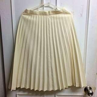 米白 百摺裙 膝蓋長度 美 已送洗過