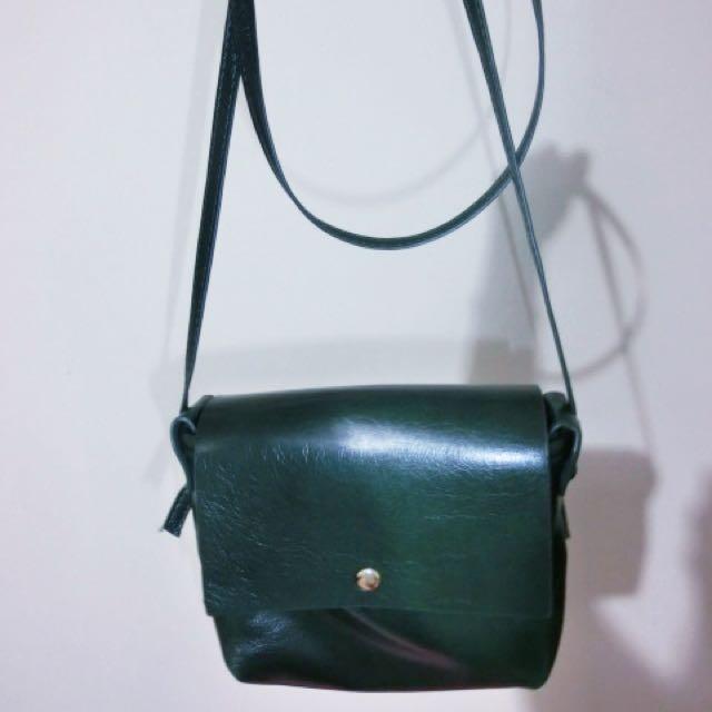 墨綠色小包